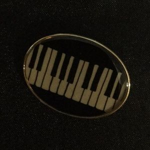 Used, Piano Keyboard Pin for sale